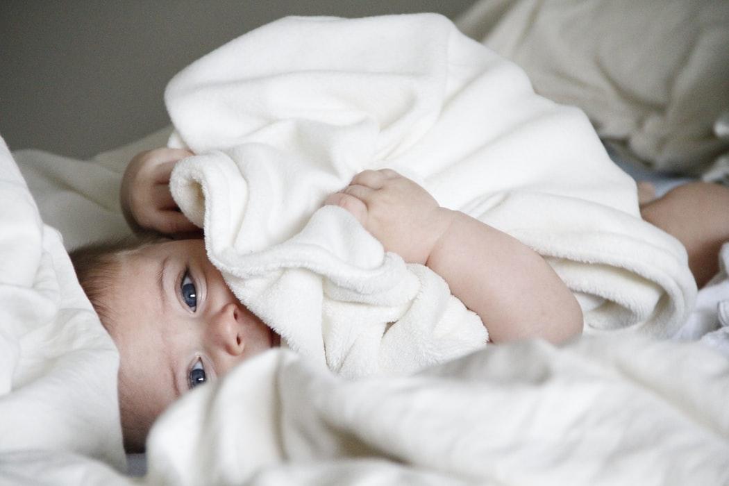 lit combiné bébé évolutif