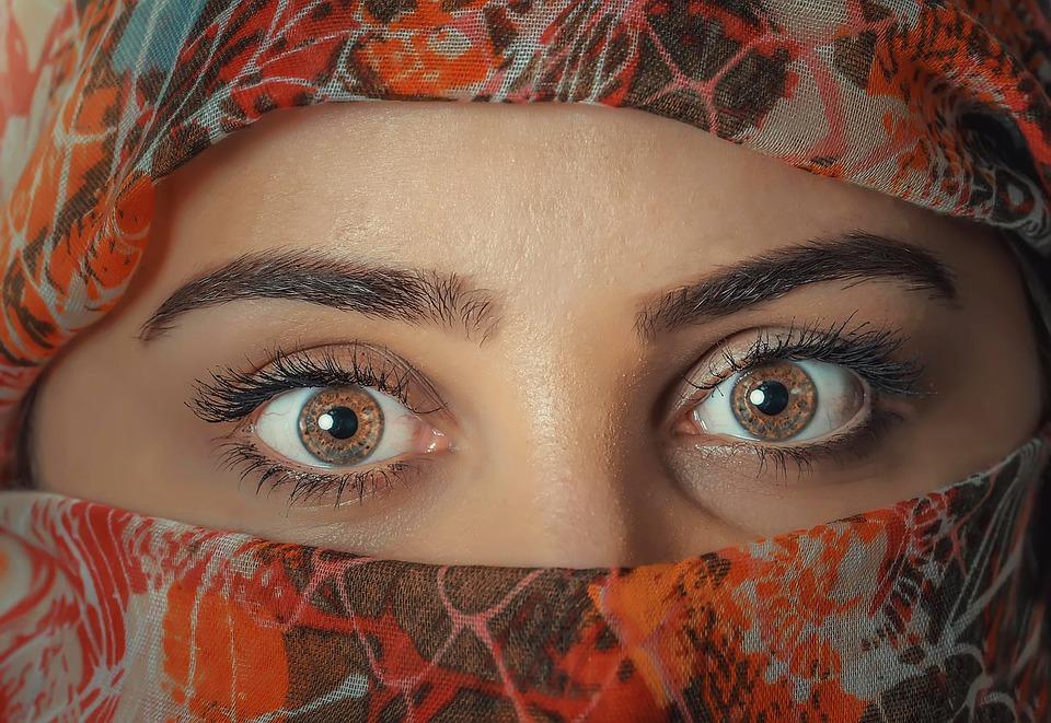Les secrets sur nos yeux